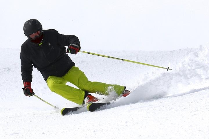 スキーヤ―